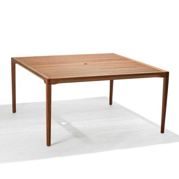 Mesa Catarina de madera para exterior